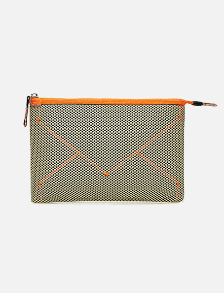 Kamera-Obscura-clutch-bag-Courrier-Spacial